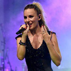 Edurne en un concierto en Estepona