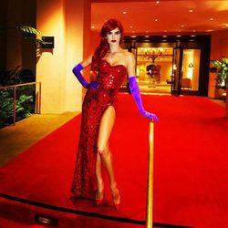 Alessandra Ambrosio se viste de Jessica Rabbit para celebrar Halloween 2016