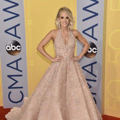 Carrie Underwood en los CMA Awards 2016