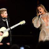 Beyoncé y Natalie Maines en los CMA Awards 2016