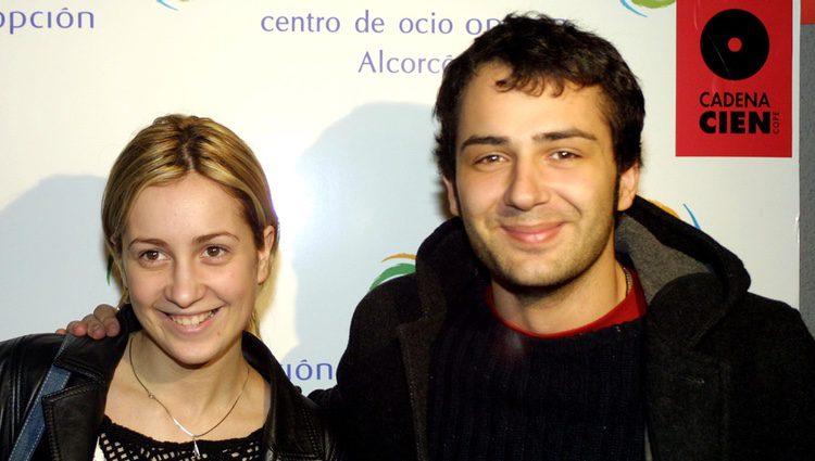 Alejandro Parreño y Mireia Montávez durante un acto promocional tras 'OT 1'