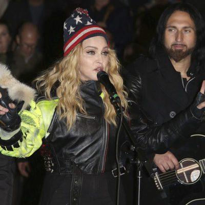 Madonna apoyando el cierre de la campaña de Hillary Clinton