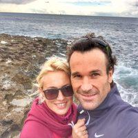 Carlos Moyá y Carolina Cerezuela posan enamorados en Mallorca