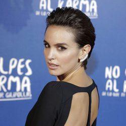 Verónica Echegui durante la premiere de la película 'No culpes al karma de lo que te pasa por gilipollas'