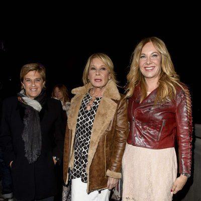 Chelo García Cortés, Mila Ximénez y Belén Rodríguez en el cumpleaños de Carmen Borrego