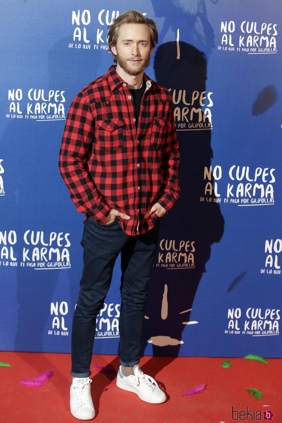 Pablo Rivero durante la premiere de la película 'No culpes al karma de lo que te pasa por gilipollas'