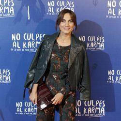 Toni Acosta durante la premiere de la película 'No culpes al karma de lo que te pasa por gilipollas'