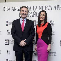 Pedro J. Ramírez y Cruz Sánchez de Lara posando juntos por primera vez como pareja