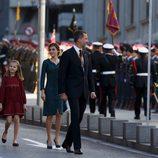 Los Reyes Felipe y Letizia con sus hijas Leonor y Sofía en la Apertura de la XII Legislatura