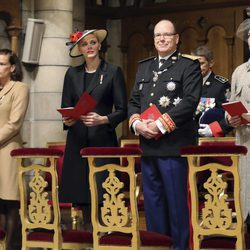 Alberto y Charlene de Mónaco con las Princesas Carolina y Estefanía en Día Nacional de Mónaco 2016