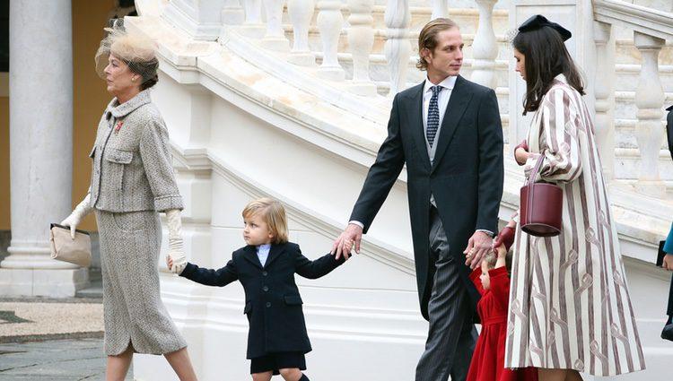 Carolina de Mónaco, Andrea Casiraghi y Tatiana Santo Domingo con sus hijos Sasha e India en el Día Nacional de Mónaco 2016