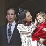 Tatiana Santo Domingo acaricia a su hija India junto a Andrea Casiraghi en el Día Nacional de Mónaco 2016