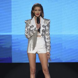 Gigi Hadid en la gala de los American Music Awards 2016