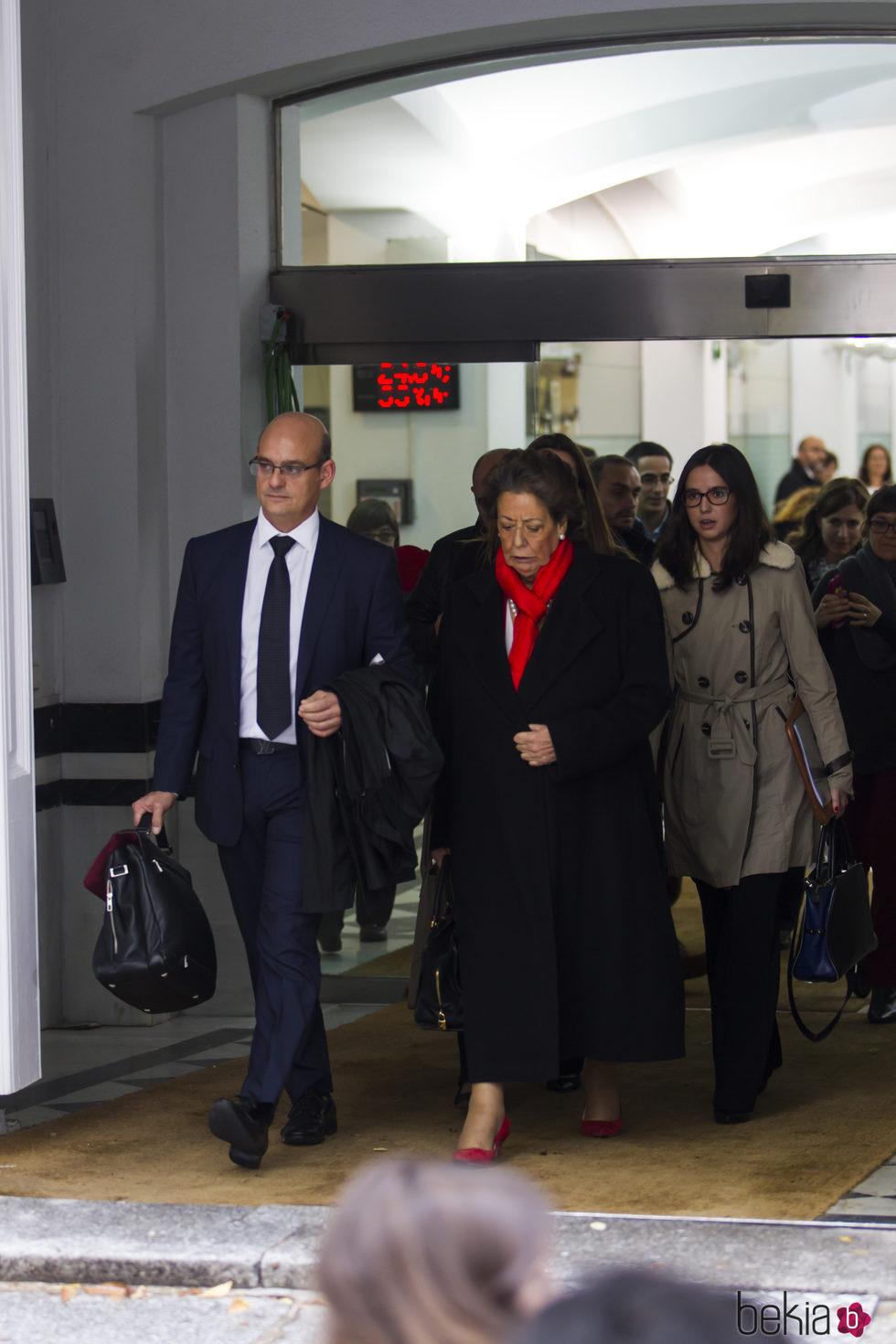 Rita Barberá tras declarar en el Tribunal Supremo en su último foto antes de su muerte