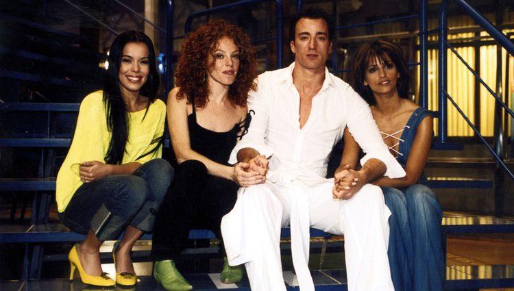 Beatriz Luengo, Pablo Puyol, Silvia Martí y Mónica Cruz