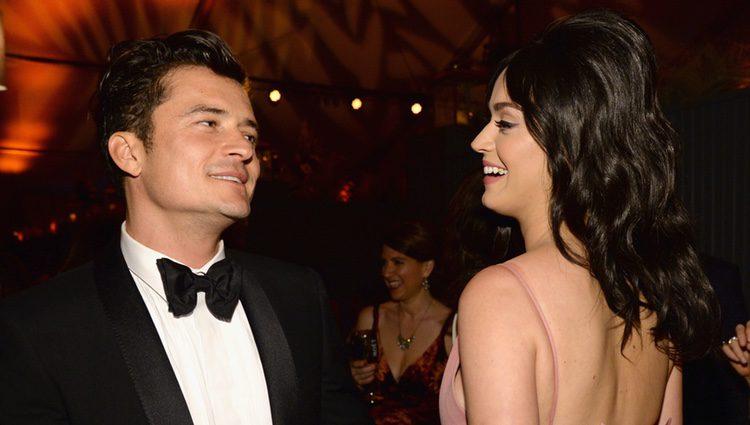 Orlando Bloom y Katy Perry asisten a Netflix Golden Globe Party