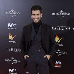 Maxi Iglesias en la premiere de 'La Reina de España' en Madrid