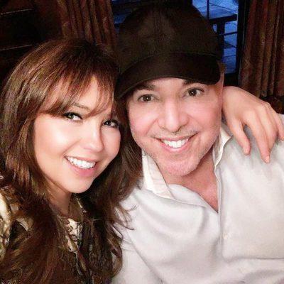 Thaila celebra Acción de Gracias con su marido en una cena familiar