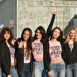 Bella Hadid y Kendall Jenner junto a otros ángeles de Victoria's Secret a su llegada a París para el desfile
