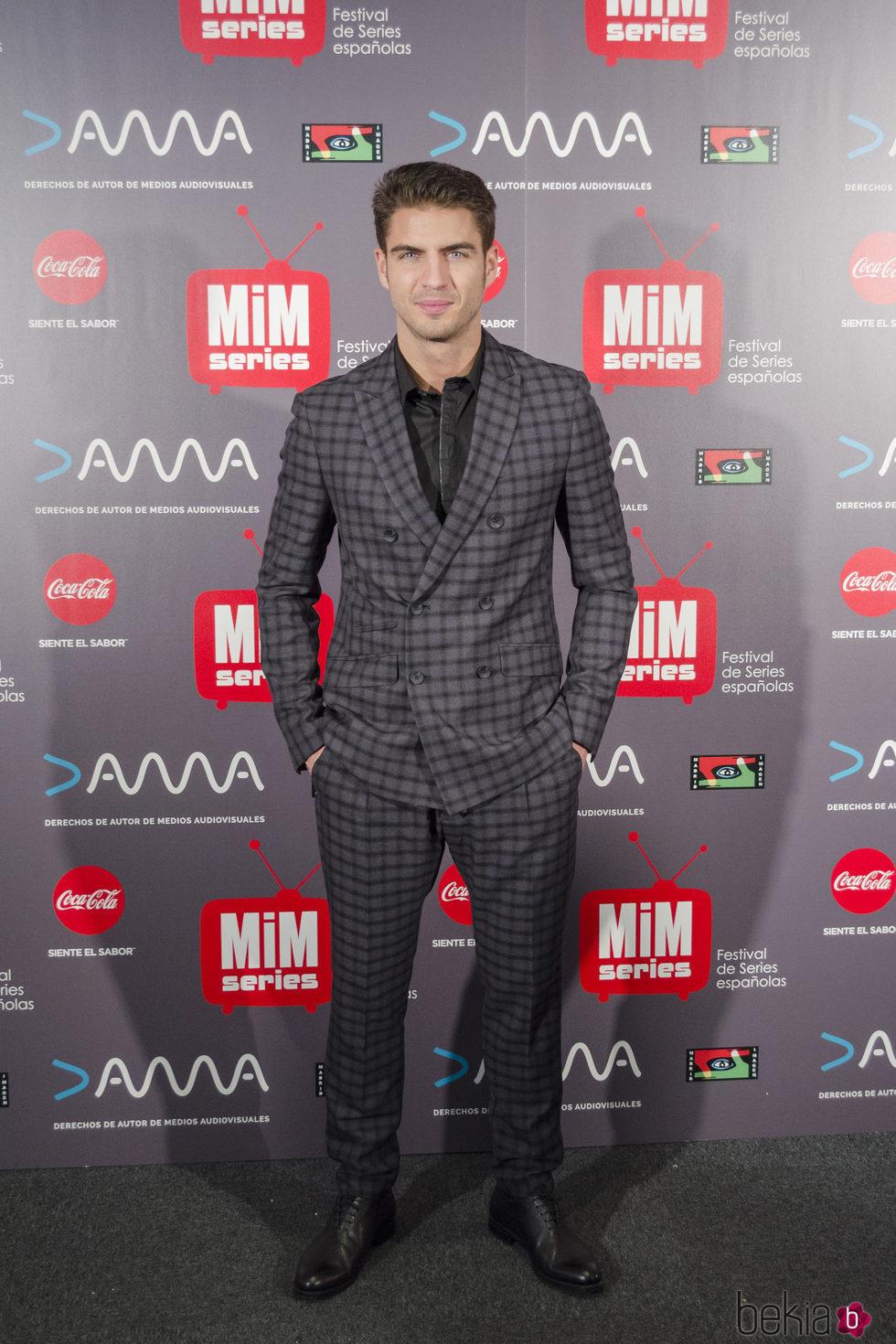 Maxi Iglesias en los Premios MiM 2016