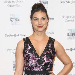 Morena Baccarin presume de anillo de compromiso en los Premios Gotham Independet Film