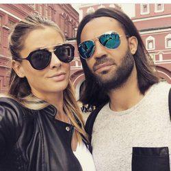 Elisabeth Reyes y Sergio Sánchez pasean por Moscú