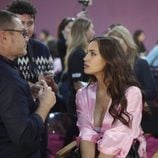 Irina Shayk en el backstage del Victoria's Secret Fashion Show 2016