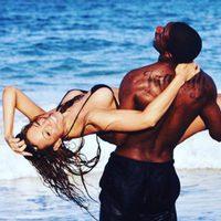 Mariah Carey y Nick Cannon disfrutando de un día de playa