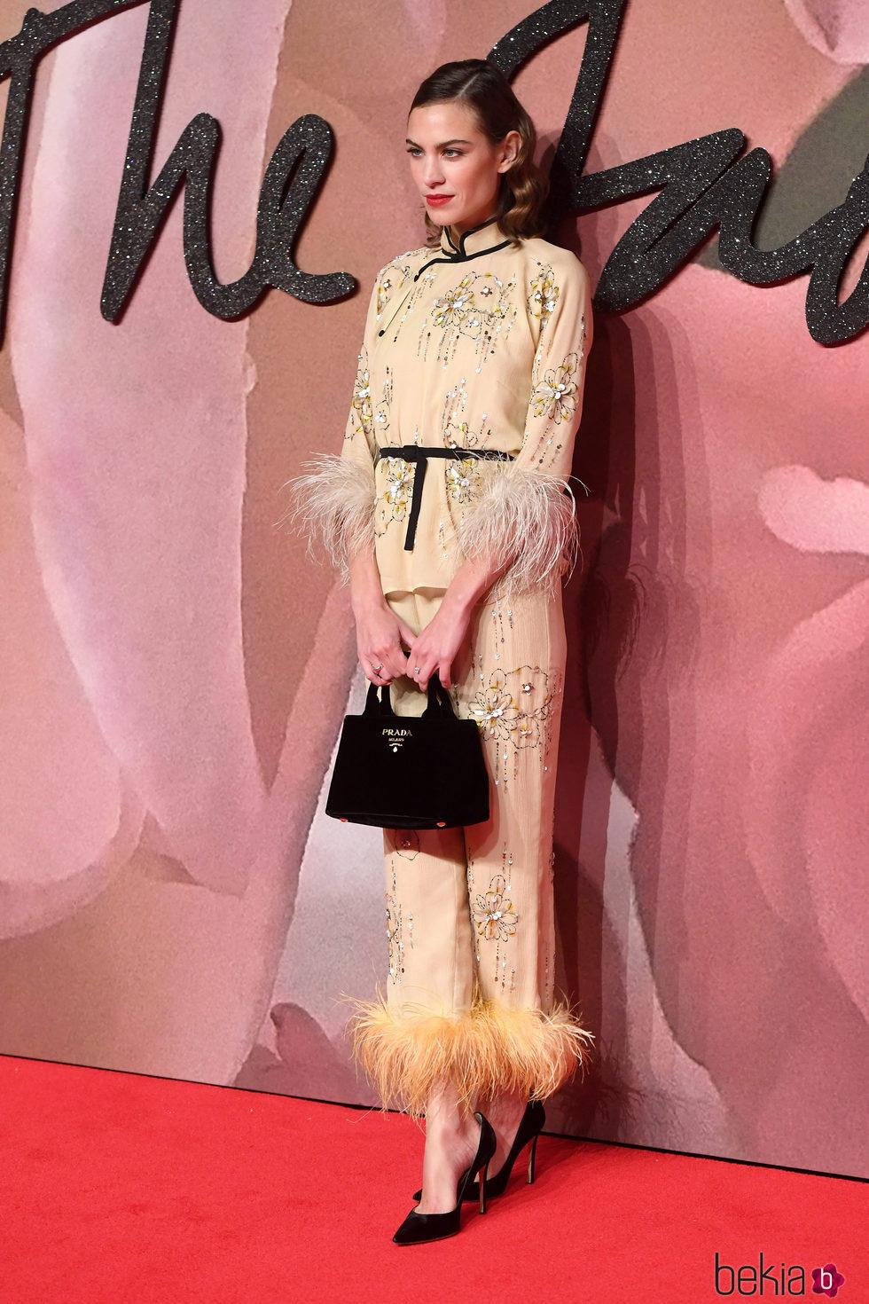 Alexa Chung en los British Fashion Awards 2016