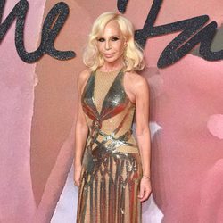 Donatella Versace en los British Fashion Awards 2016