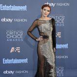 Bella Thorne en los Critics' Choice Awards 2017