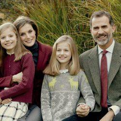 Felicitación de Navidad 2016 de los Reyes Felipe y Letizia con sus hijas