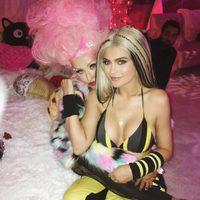 Kylie Jenner junto a Christina Aguilera en el cumpleaños de la estrella