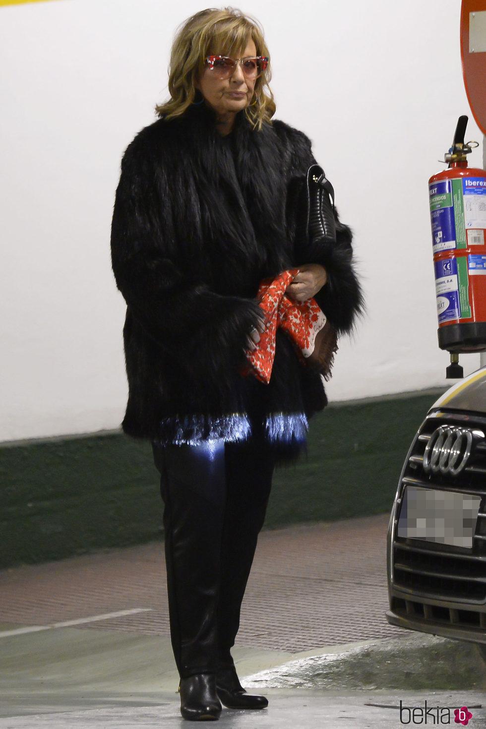 María Teresa Campos realiza sus compras navideñas para Bigote Arrocet y su familia