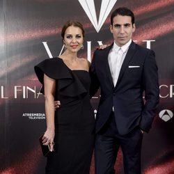 Paula Echevarría y Miguel Ángel Silvestre en la fiesta por el final de 'Velvet'