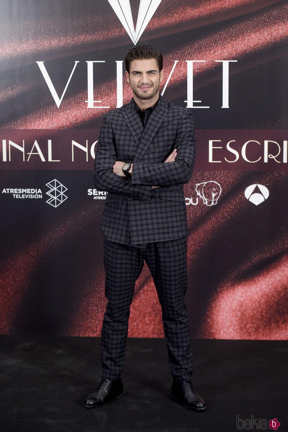Maxi Iglesias en la fiesta por el final de 'Velvet'