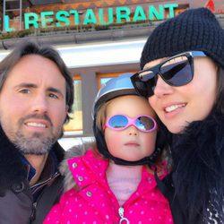 Tamara Eccleston disfruta de unas vacaciones en la nieve junto a su familia