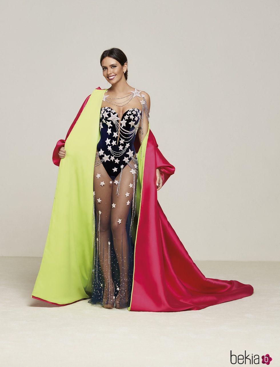 Cristina Pedroche descubre su espectacular vestido de Nochevieja 2016