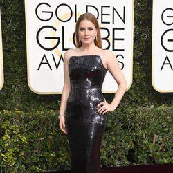 Amy Adams en la alfombra roja de los Globos de Oro 2017
