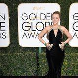 Blake Lively en la alfombra roja de los Globos de Oro 2017