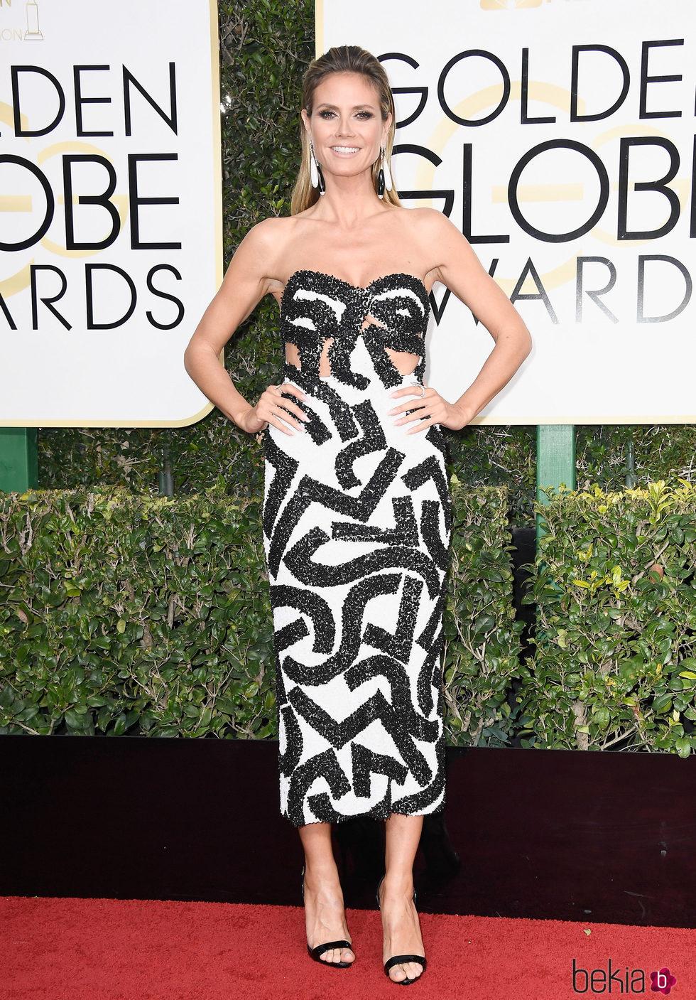 Heidi Klum en la alfombra roja de los Globos de Oro 2017