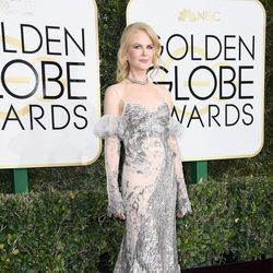 Nicole Kidman en la alfombra roja de los Globos de Oro 2017