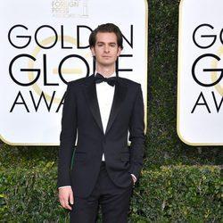 Andrew Garfield en la alfombra roja de los Globos de Oro 2017