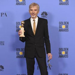Billy Bob Thornon con su Globo de Oro 2017