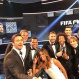 Eva Longoria con Sergio Ramos, Cristiano Ronaldo, Griezmann y otros ganadores en la gala de The Best FIFA Awards