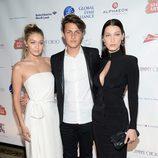 Los hermanos Hadid en la gala de Global Lyme Alliance 2015