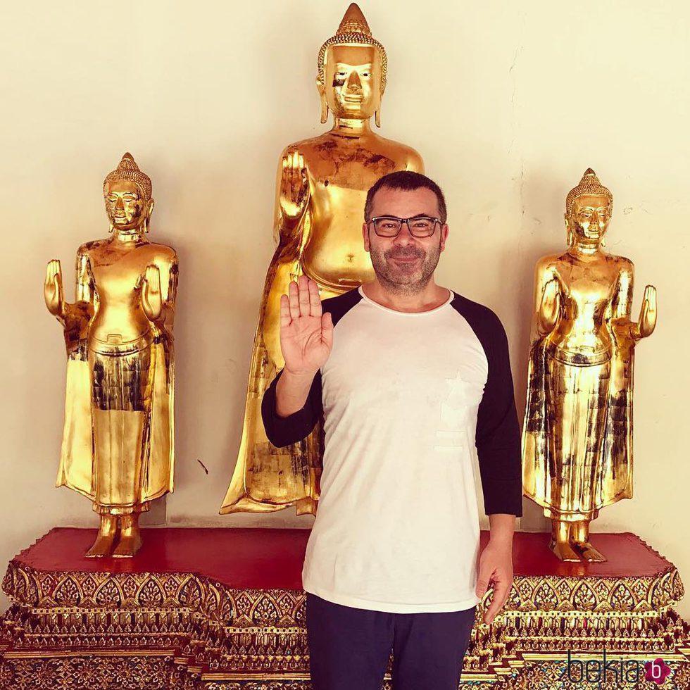 Jorge Javier Vázquez en su viaje a Tailandia