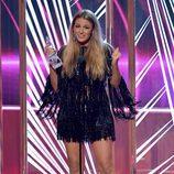 Blake Lively agradeciendo su premio Mejor actriz de drama en los People's Choice Awards 2017