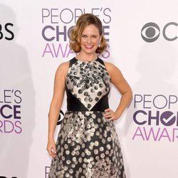 Andrea Barber en la alfombra roja de los People's Choice Awards 2017