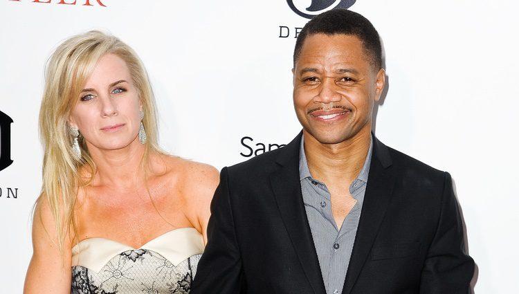 Cuba Gooding junto a su mujer Sara Kapfer en el estreno de 'The Butler'